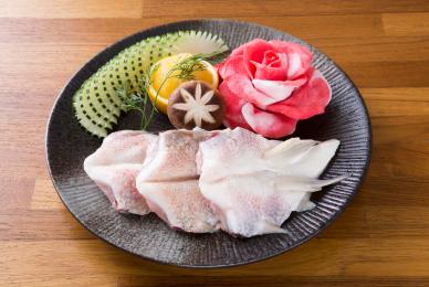 椒鹽魚下巴-台中公益路燒烤吃到飽推薦