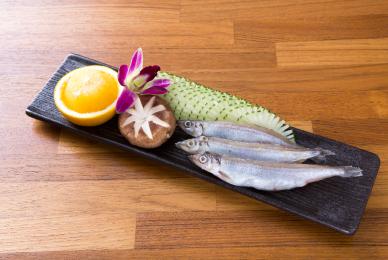 多子柳葉魚-台中公益路燒烤吃到飽推薦